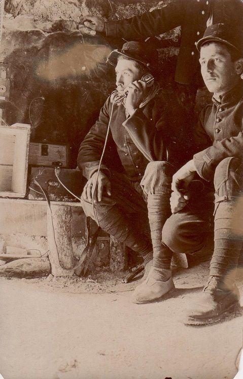 WW1 (French 56e RA) Artillery on the frontline.