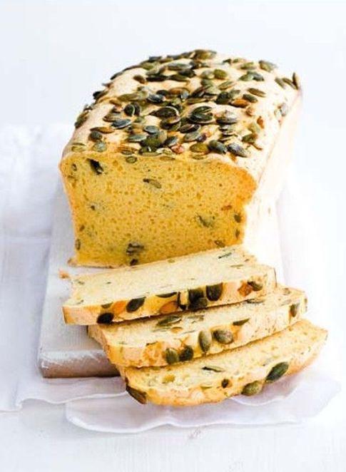 Bezlepkový chléb s dýňovými semínky (www.albert.cz/recepty)