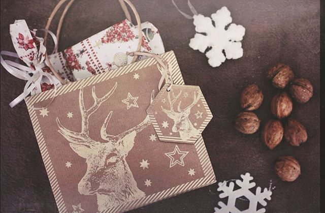 Happy Christmas Eve 🕯#wicksandbeans