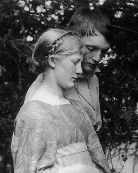 heinrich vogeler and his wife martha. Such a gifted and sensitive painter, he later turned to pacifism and communism and moved to the Soviet Union, where he was rewarded by being exiled to Kazakhstan, where he died.