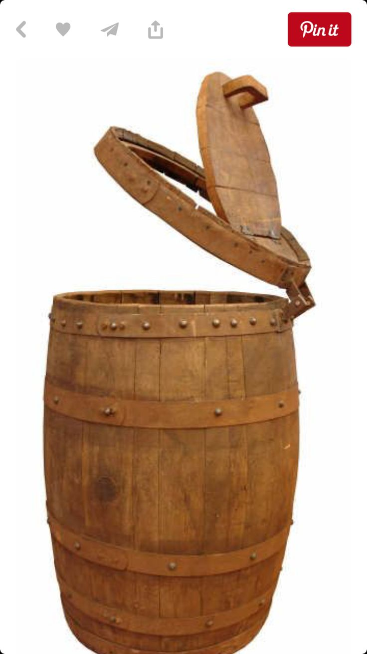 Wine barrel trash can