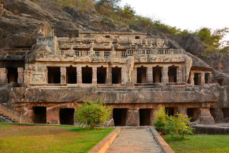 Undavalli Caves are a monolithic example of Indian rock-cut architecture and are famous throughout the country. These caves were carved out of solid sandstone on a hillside in the 4th to 5th centuries A.D.