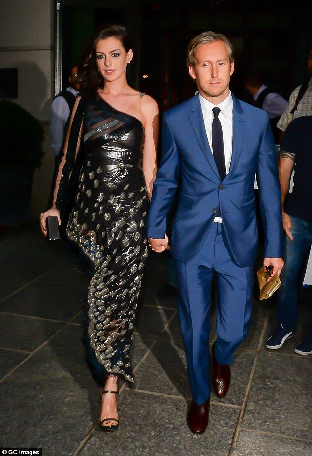Parents to be: Pregnant Anne is seen with her husband in New York in…