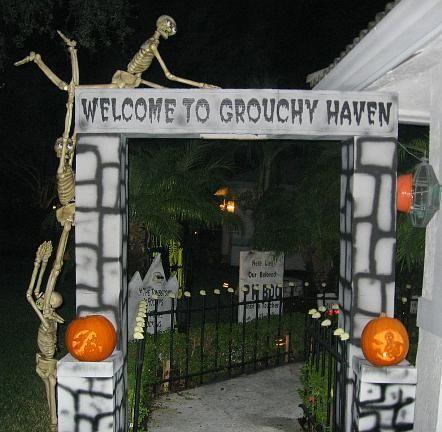 diy halloween graveyard entrance made with styrofoam cardboard and paint - Halloween Cemetery Decorations