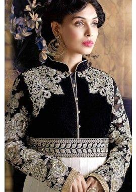 off costume blanc georgette Anarkali, - 136,00 € #FranceMode #RobeBollywood #AnarkaliBijoux #Shopkund
