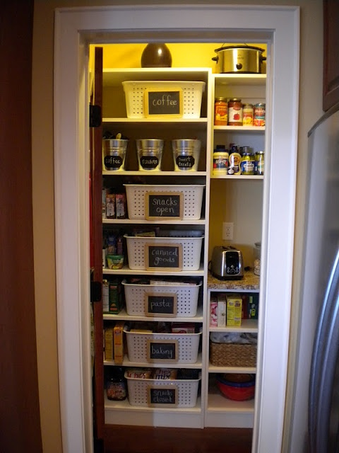 17 best images about organized pantries on pinterest in the corner spaghetti noodles and. Black Bedroom Furniture Sets. Home Design Ideas