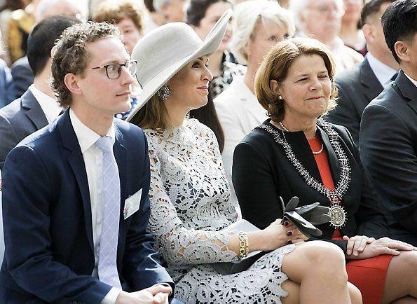 Dutch Queen Maxima Opens China Porcelain Exhibition