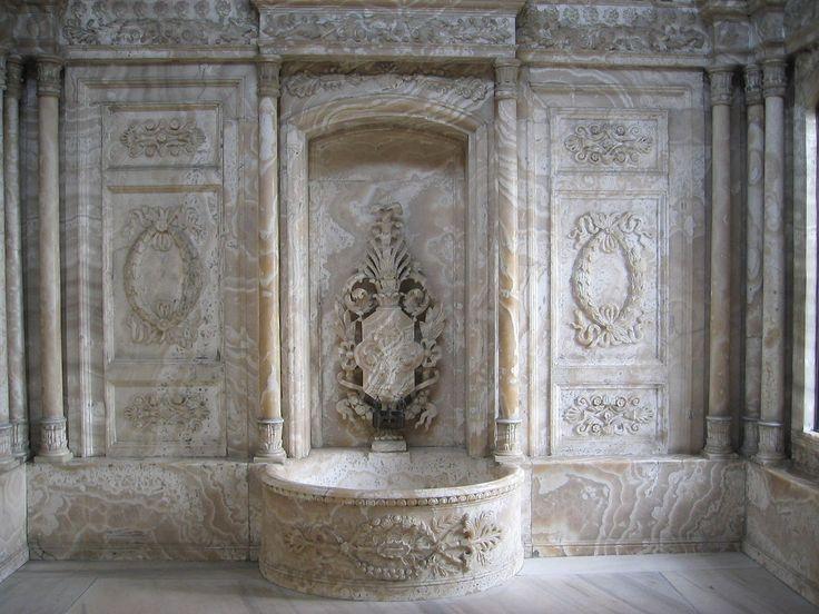 Istanbul img 5058 - Dolmabahçe Palace - Wikipedia, the free encyclopedia