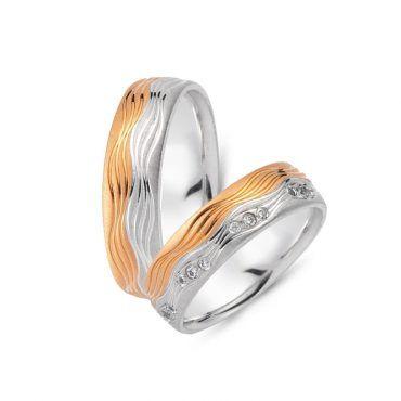 Ιδιαίτερες βέρες γάμου CHRILIA 46 σε ροζ και λευκή διχρωμία με κύματα σε όλη την επιφάνεια και διαμάντια στη γυναικεία   ΤΣΑΛΔΑΡΗΣ στο Χαλάνδρι #βερες #γάμου #wedding #rings