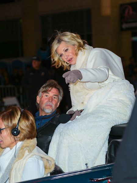 Olivia Newton-John Photos Photos - Olivia Newton-John is seen outside the Hollywood Christmas Parade on November 27, 2016. - Celebrity Sightings Outside the Hollywood Christmas Parade