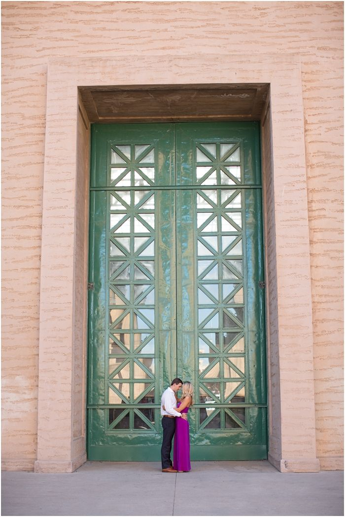 San Francisco Palace of Fine Arts Engagement Session | Laura Hernandez Photography