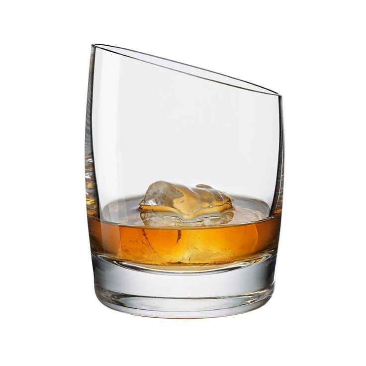 Cool Whiskyglas from Eva Solo #evasolo #whisky #glassware #cooldesign #design #royaldesign #kitchen #products