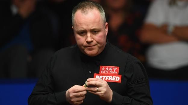 World Championship 2017: John Higgins leads Mark Selby in Crucible final http://www.bbc.co.uk/sport/snooker/39759950