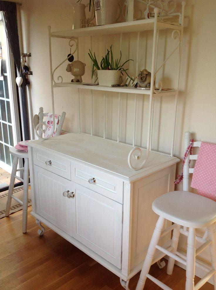 35 best kitchen dressers cabinets images on pinterest. Black Bedroom Furniture Sets. Home Design Ideas