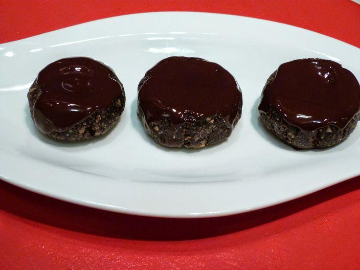 Vica: Csokoládés fánk ( nyers )