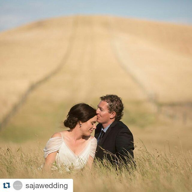 Lovebirds #Repost #sajawedding #Wedding #weddingdress #bride #weddinginspiration #weddingplanner #weddingplanning #weddingideas #Repost @sajawedding with @repostapp Kate is truly striking wearing #HB6285 and a simple flowing silk sash from @paperswanbride. Head over to our blog to see the way @eva_bradley_photography captured the romance of this couple and the magical New Zealand scenery! #sajawedding #sajabridesabroad #modernlovestories #weddingphotography #NewZealandweddings #Alamango…