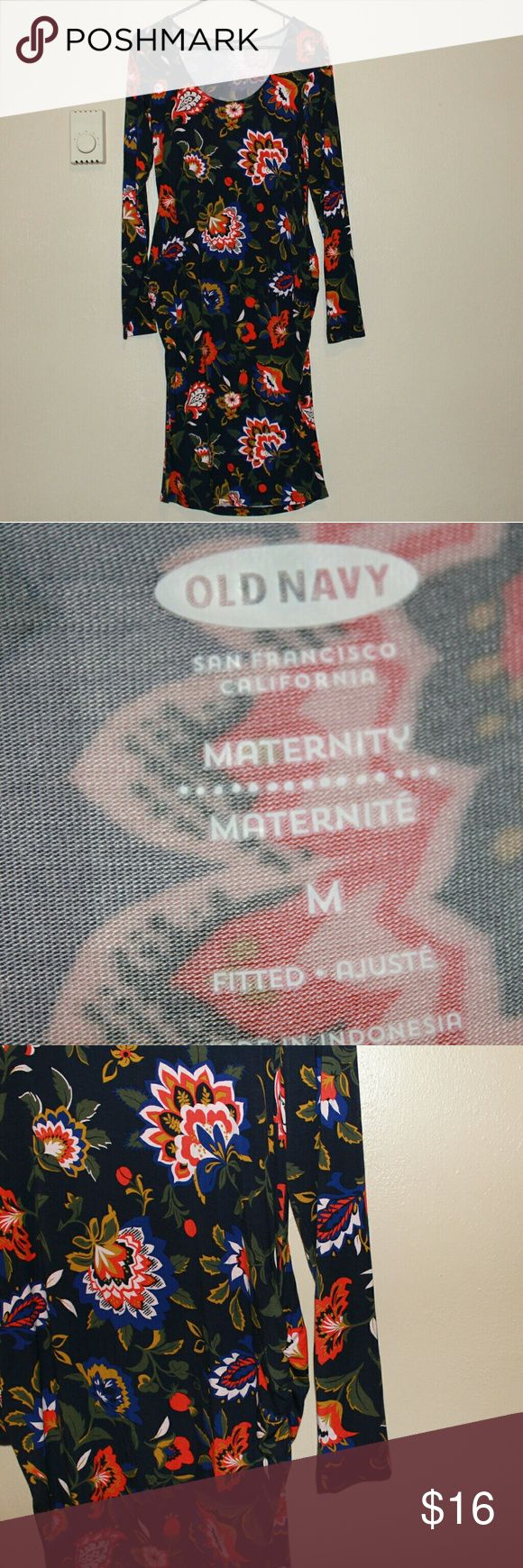 Old Navy Fitted Floral maternity dress, medium Great condition long sleeve Old Navy Fitted Floral maternity dress, medium. The print is a navy blue background with a fall colored floral pattern Old Navy Dresses Long Sleeve