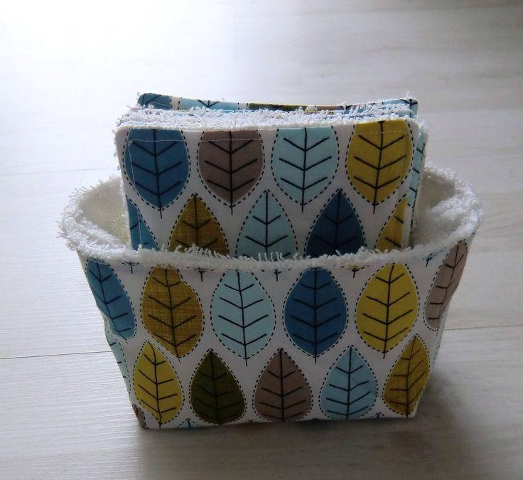 PANIER et ses 8 LINGETTES DEMAQUILLANTES lavables éponge et tissu motifs feuilles de la boutique natlieboutique sur Etsy