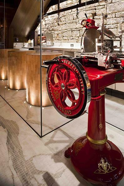 vintage-floor-standing-berkel-floor-standing-slicer