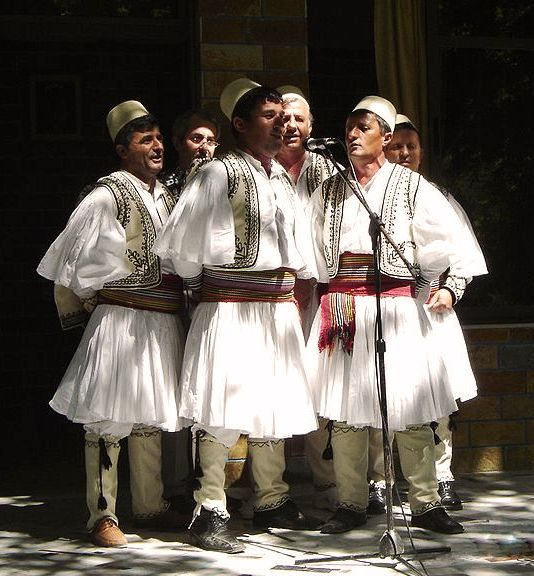 Albanese mannen (Skrapar regio) in Fustanellas