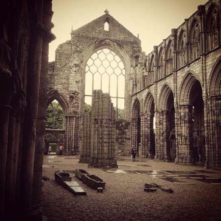 Holyroodhouse, Abbey church ruins - Edinburgh, Scotland