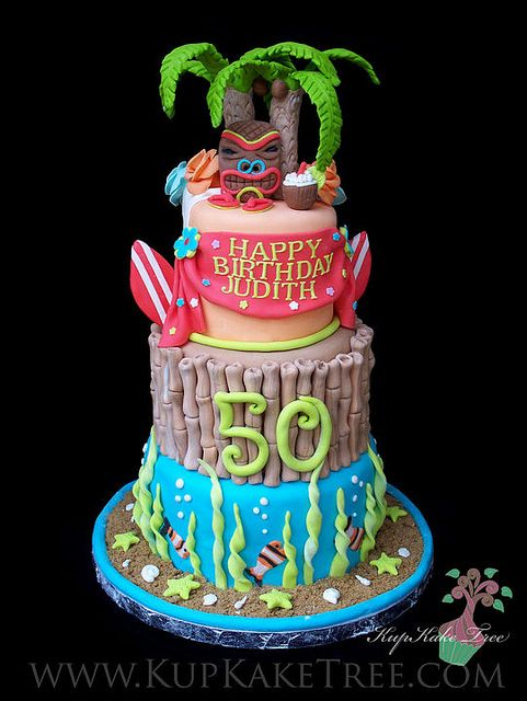 Hawaiian themed Birthday Cake - I want this and Hawaii on my 50th!!
