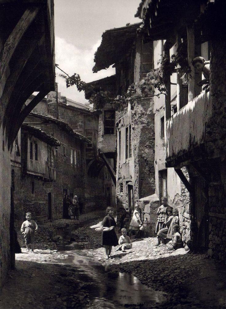 Fred Boissonas - Edessa, Greece, 1908.