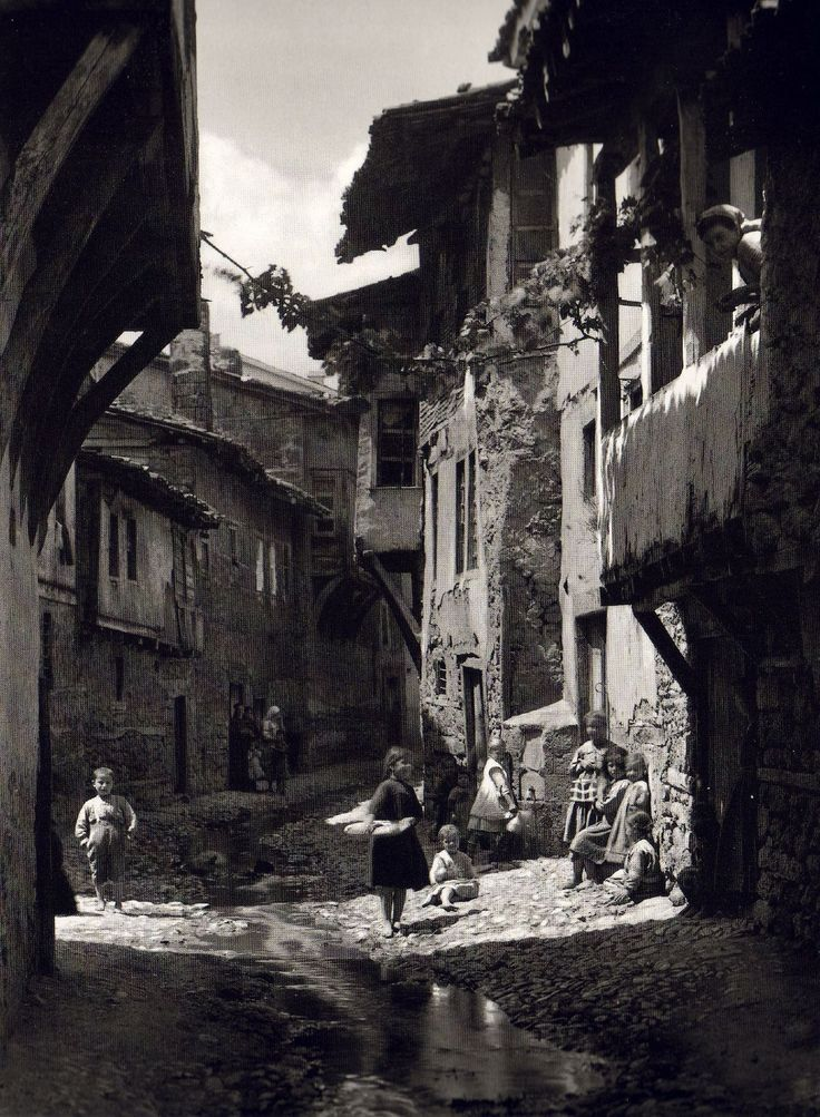 Fred Boissonas - Edessa, Greece, 1908.