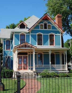 Best 25 victorian style homes ideas on pinterest for Victorian style kit homes