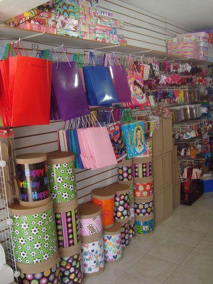 Fotos de Venta del mobiliario para tienda de regalos, ver fotos Monterrey