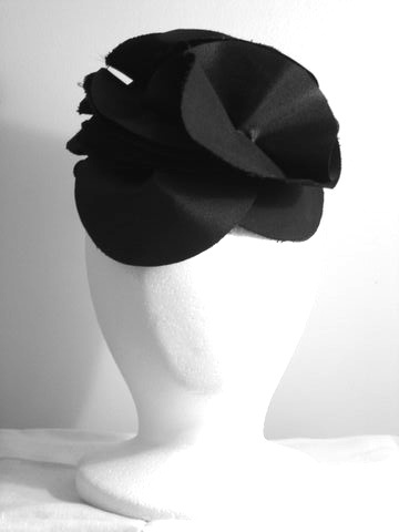 Black Nylon Petal Fascinator