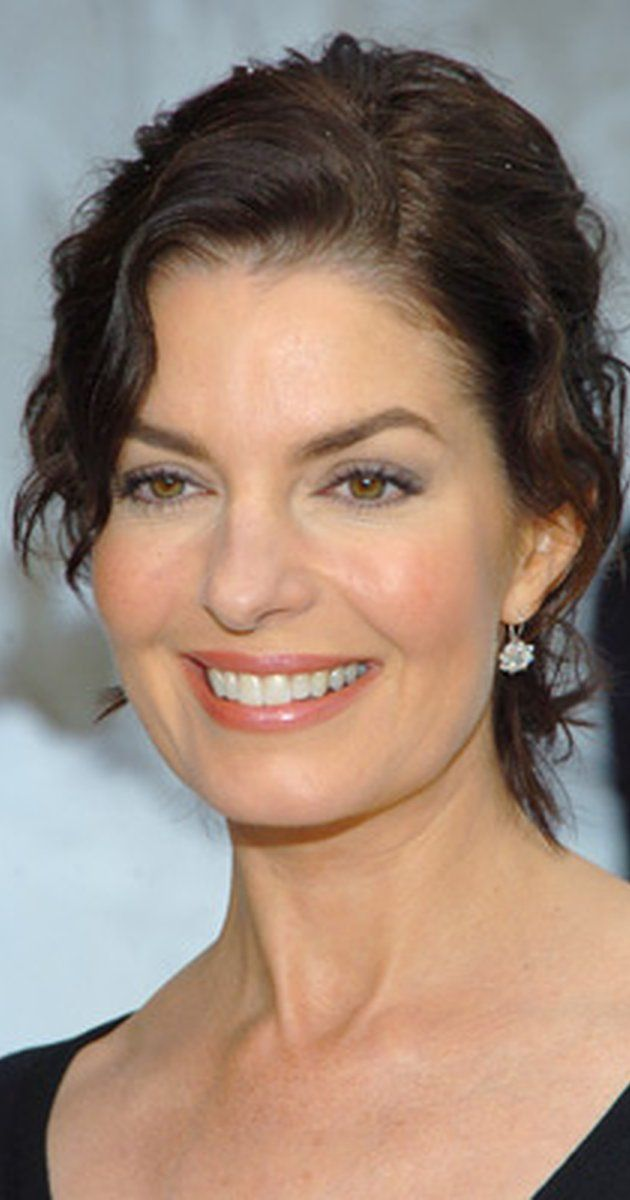 Sela Ward.  The perfect Michelle Gibson.