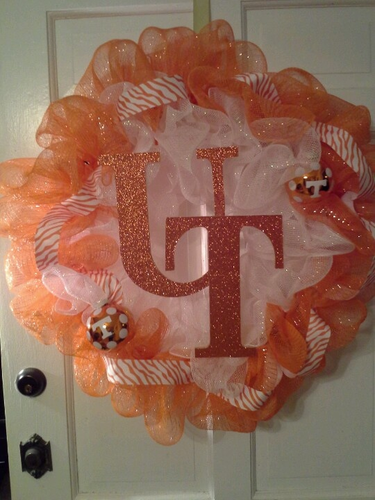 UT wreath