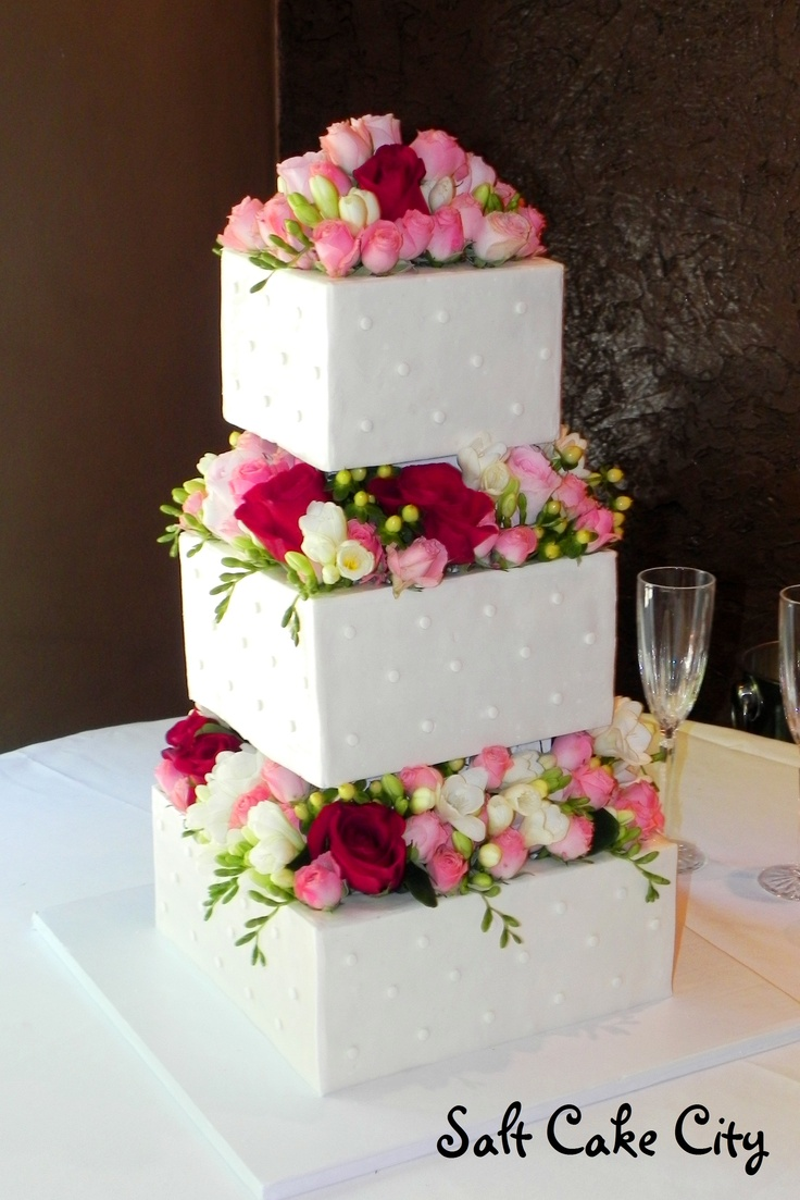 square wedding cake with flowers 1000 images about salt cake city wedding cakes on 20436