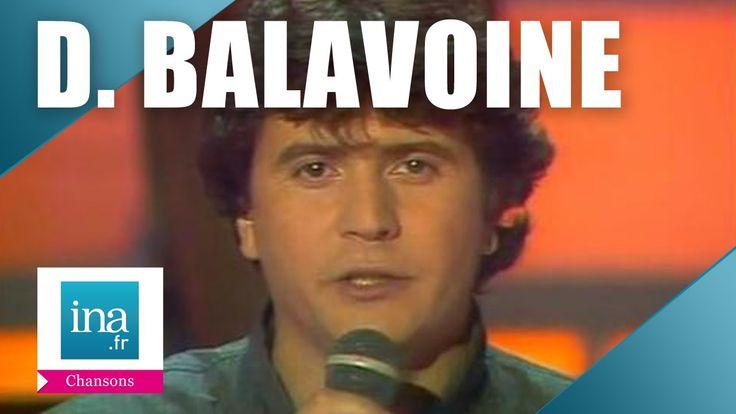 """Daniel Balavoine.""""Pour la femme veuve qui s'éveille"""". Balavoine mettra ses idées généreuses  en pratique et s'engagera dans l'humanitaire en Afrique pour y faire creuser des puits. Il  trouvera la mort au Mali dans un accident d'hélicoptère en 1986."""