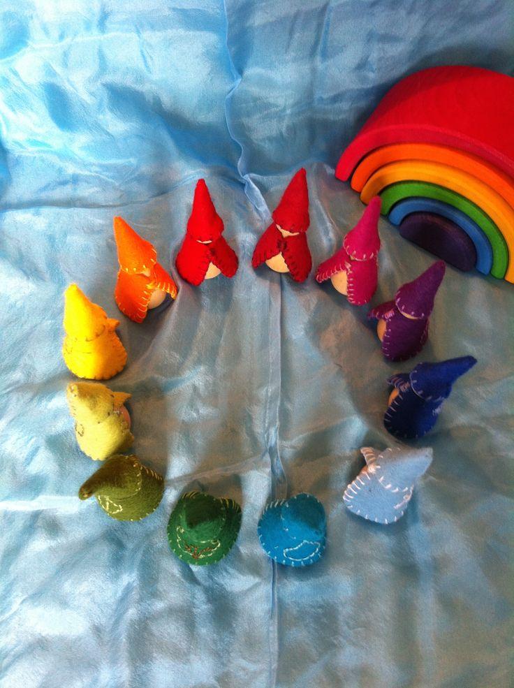 "Pocket gnomes ""Regnbuegnomer"""
