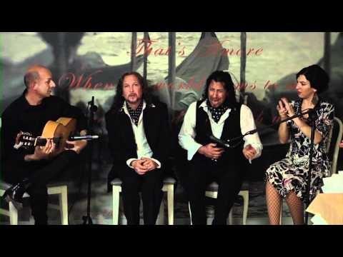 """Cena-espectáculo """"Maridando con Flamenco"""".  Alfonso Jiménez nos cantó una soleá por bulerías. #flamenco"""