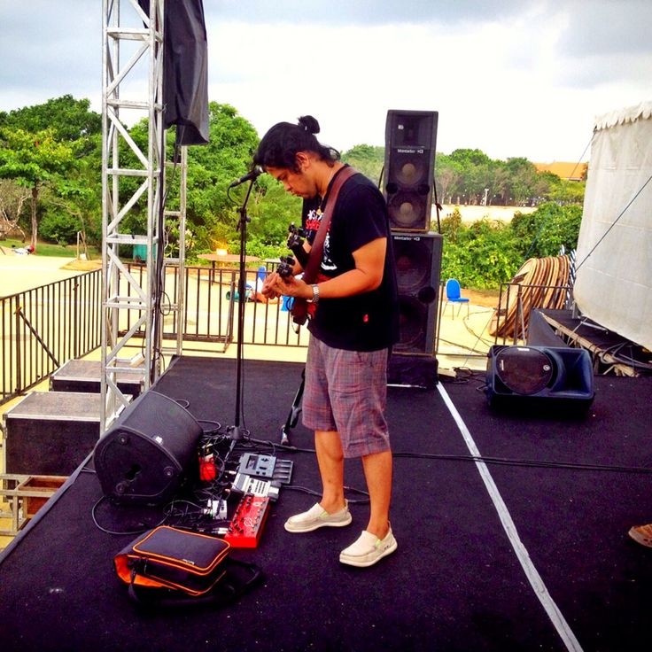 #BaliBluesFest2015 #PeninsulaIsland #NusaDua #Bali #SoundCheck #Balawan