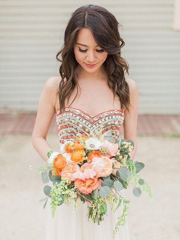 vibrant summer wedding inspiration - photo by Trini Mai Photography http://ruffledblog.com/vibrant-summer-wedding-inspiration