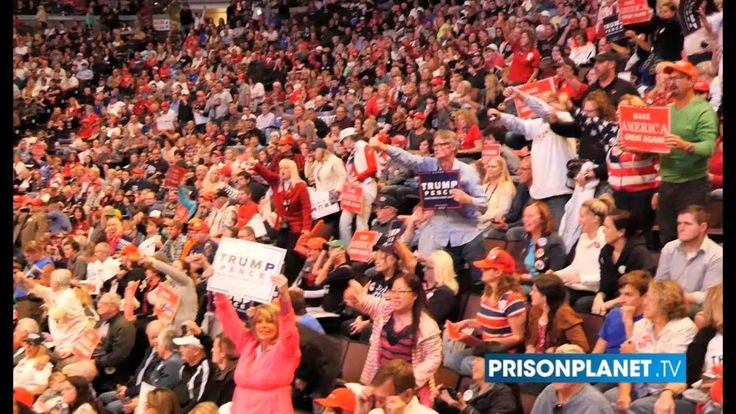Watch The Mainstream Media Publicly Shamed by 20,000 Americans At Trump Rally Oct 15, 2016