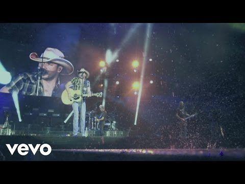 Tonight Looks Good On You - Jason Aldean (Lyrics Video) - YouTube