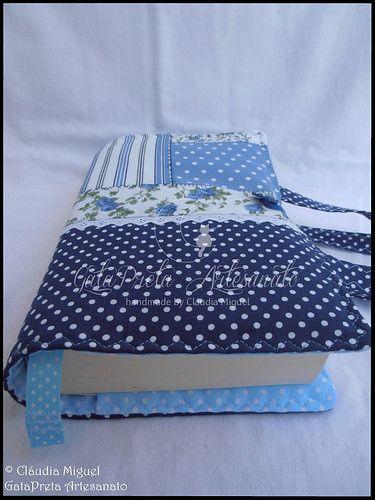 """Capa de livros com pega """"Blue Patch"""""""