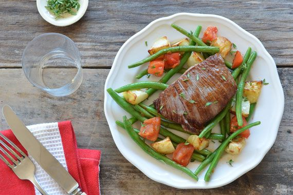Grilled-Steak-Roasted-Potatoes-Plated