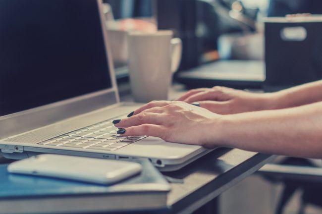 Abschiedsmail an Kunden: Tipps und Vorlagen