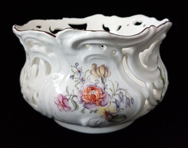 Pierced bowl, from a dessert service. Chelsea C1755,