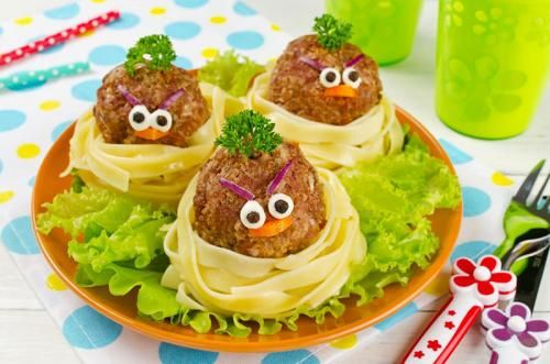 Kid-Friendly Spaghetti and Meatballs with Secret Vegetable Sauce