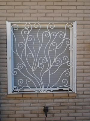 Verjas Bonitas http://img.loquo.com/img/castellon/37/86/rejas-para-ventanas-rejas-de-ventanas-y-puertas-rejas-de-balcones-rejas-de-forja-3-37863b32abecff83...