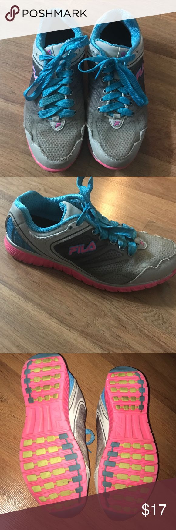 Fila Running Shoes Size 7 1/2 women's running shoes. Worn but in decent condition. Fila Shoes Athletic Shoes