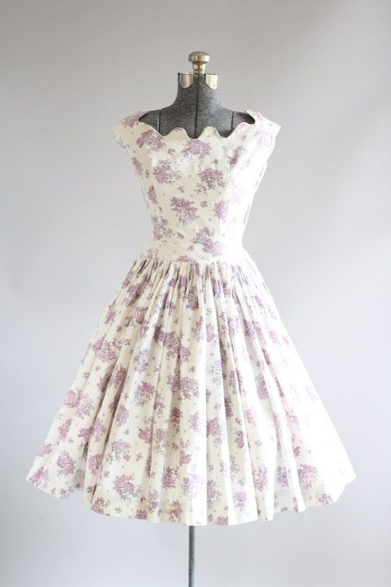 Vintage 1950s Dress / 50s Cotton Dress / Carolyn Schnurer Purple and White Novelty Print Dress w/ Scalloped Neckline S