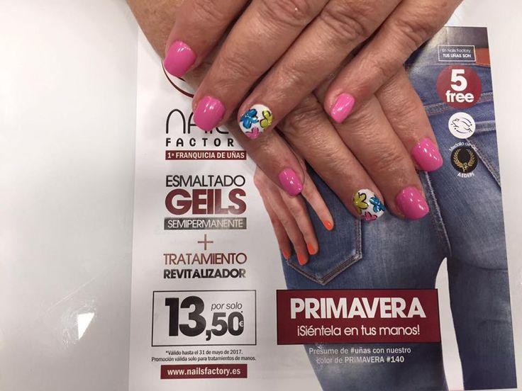 ¿Quieres decorar tus #uñas?  En #NailsFactory Vialia Centro Comercial tenemos muchos #nailart  Pide tu cita!!